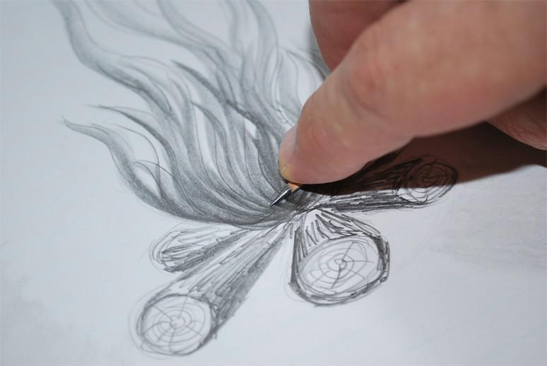 tilted pencil grip02 jpg