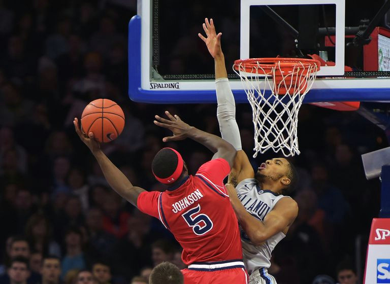 Drawing Up Basketball Plays Biggest Differences Between Ncaa and Nba Basketball