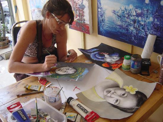 noina art studio portrait painting with charcoal powder and acrylic color