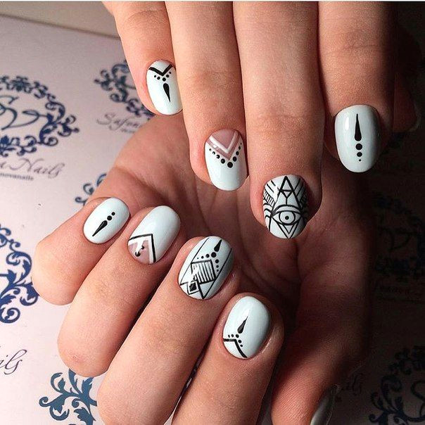 accurate nails black and blue nails black pattern nails blue and white nails drawings on nails ethnic nails indian nails pattern nails