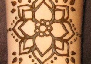 Drawing Easy Henna 30 Simple Easy Henna Flower Designs Of All Time Hennaaaaaaaaaa