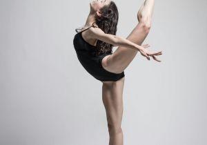 Drawing Of A Girl Dancing Ballet Mara A Jose Rodra Guez Marta A Ez Dance Dance Ballet Dancer
